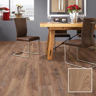 Renaissance oak laminate flooring