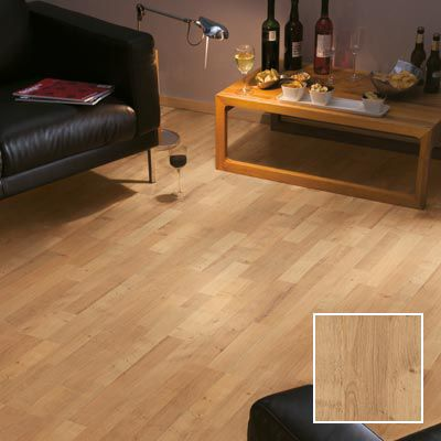 Seravella oak laminate flooring