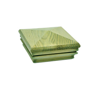 Wickes Deck Post Pyramid Slipover Cap 135 x 135 x 62mm Green