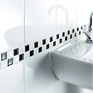 Wickes Black & White Gloss Ceramic Mosaic Border Tile 200x50mm