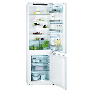 AEG SCS71800F0 Integrated Fridge Freezer 70:30 White