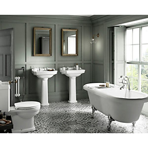 Wickes Hamilton with Roll Top Bath