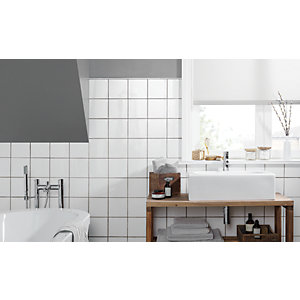 Wickes White Gloss Ceramic Wall Tile 150x150mm