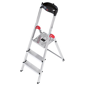 Hailo 3 tread step ladder with handy tool tray