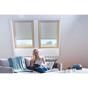 Wickes Roof Window Blinds Cream 940x1600mm