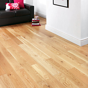 Wickes 1 Strip Natural Oak Engineered Wood Flooring 180mm Pack 7