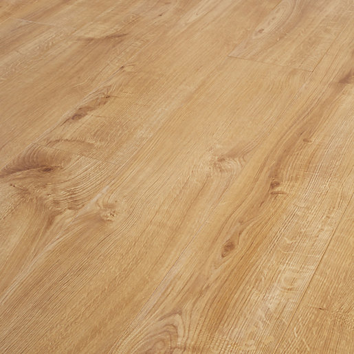 Wickes venezia oak laminate flooring for Laminate floor panels