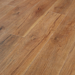 Wickes rockland hickory laminate flooring deal at wickes for Laminate flooring description