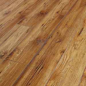 Wickes Chelsea Hickory Laminate Flooring