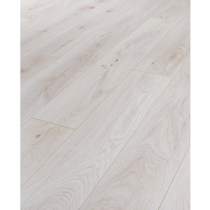 Wickes Chantilly Oak Laminate Flooring