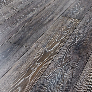 Wickes Bedrock Oak Laminate Flooring