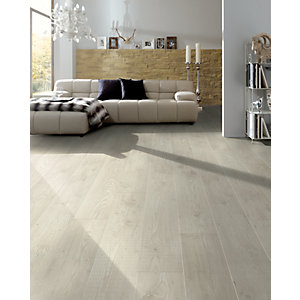 Wickes Nova Chestnut Laminate Flooring