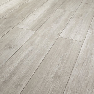 Wickes Arreton Oak Laminate Flooring 12mm