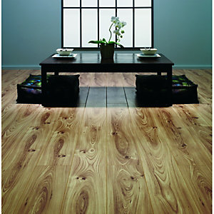 Wickes Canadian Elm Laminate Flooring