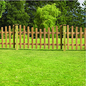 Wickes Crescent Picket Fence 1.8mx0.9m Autumn Gold