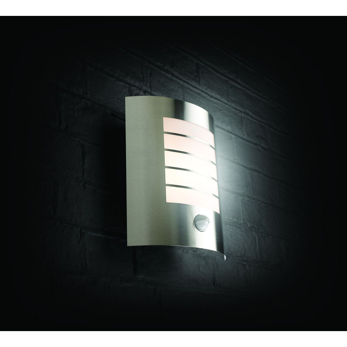 Outside Wall Lights Wickes : February 2017 - Wall lights, LED bathroom & bedroom lighting at Homebase