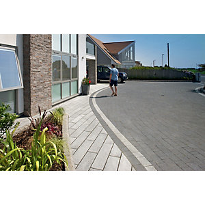 Marshalls Granite Eclipse 17.9m2 Patio Pack - Dark
