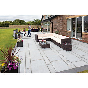 Marshalls Granite Eclipse 17.9m2 Patio Pack - Light