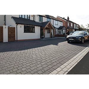 Wickes Argent Priora Block Paving Dark Project Pack