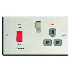Wickes 45A Cooker Switch & 13A Socket Brushed Steel Raised Plate