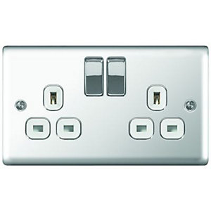 Wickes 13A Switched Socket 2 Gang Polished Chrome Raised Plate