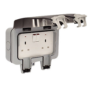 Masterplug IP66 13A Switched Socket 2 Gang WP22