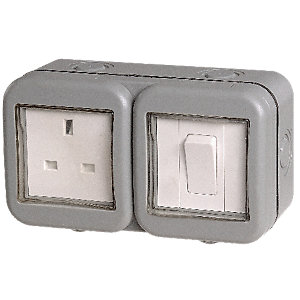 Masterplug 13A Unswitched Socket & Switch 1 Gang WPB21