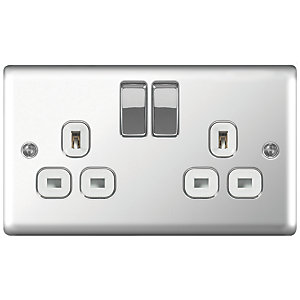 Wickes 13A Switched Socket 2 Gang Polished Chrome Raised Plate - 3 Pack