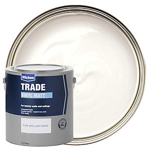 Wickes Trade Vinyl Matt Emulsion Paint Pure Brilliant White 2.5L