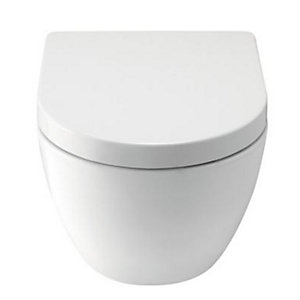 Wickes Trento Wall Hung Toilet Pan with Soft Close Toilet Seat
