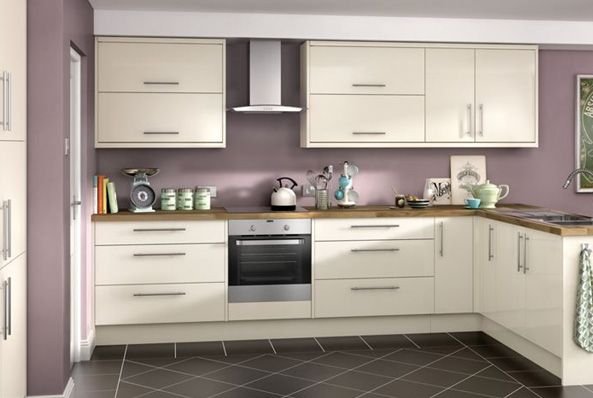 Orlando cream high gloss kitchen for Wickes kitchen cupboards
