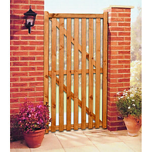 Wickes Softwood Framed Ledged & Braced Flat Top Timber Gate 1795 x 915mm