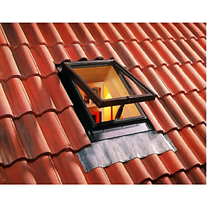Wickes Skylight Brown Top Hung Clear Glass 550x450mm