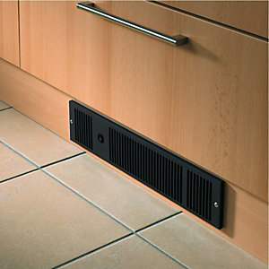Wickes Electric Plinth Heater Black