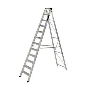 Youngman 12 Tread Industrial Builders Step Ladder