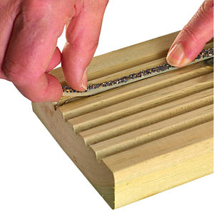 DeckWright Anti-Slip Premium Decking Insert Kit 25m (Pack of 25 x 1M Strips)