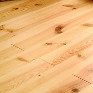 Wickes Bordeaux Pine Wood LacqueredFlooring 21x20x2000mm