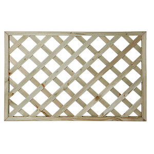 Wickes Lattice Privacy Deck Panel 760x1130x35mm Light Green