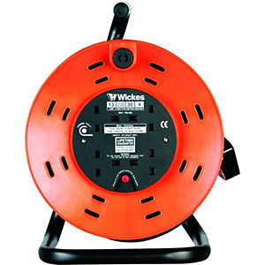 Wickes Open Drum Cable Reel With Thermal Cutout 4 Sockets 30m 13A