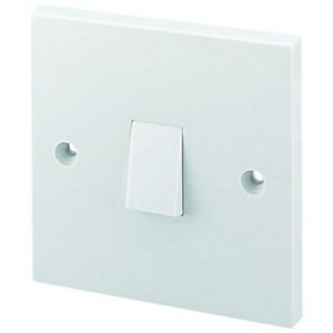 Wickes 10A Light Switch 1 Gang 1 Way White