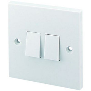 Wickes 10A Light Switch 2 Gang 2 Way White