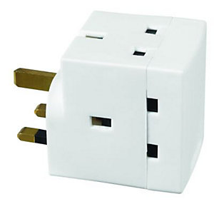 Wickes 13AMP 3 Way Switched Adaptor
