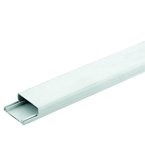 Wickes Mini Trunking White 38x16mmx2m