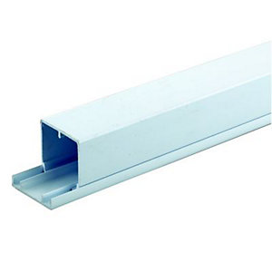 Wickes Maxi Trunking White 50x50mmx2m
