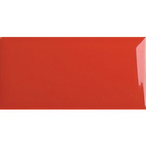 Wickes Bevelled Small Red Ceramic Wall Tile 75x150mm