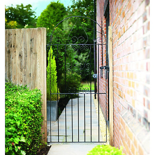 Wickes Chelsea Bow Top Black Metal Gate 1875mm High Fits