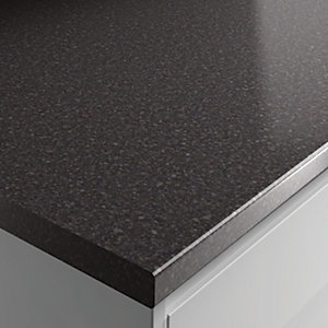 Wickes Gloss Laminate Taurus Black Gloss Effect Worktop 38x600mmx3m