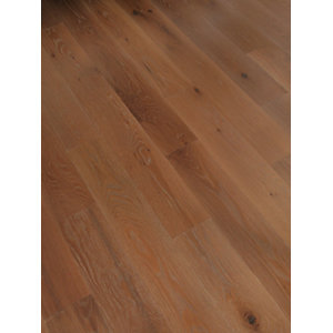 Wickes Chateau Oak Real Wood Top Layer Sample