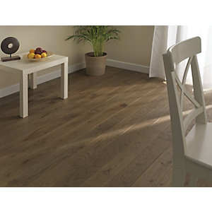 Wickes Brazilian Brown Oak Real Wood Top Layer Engineered Wood Flooring