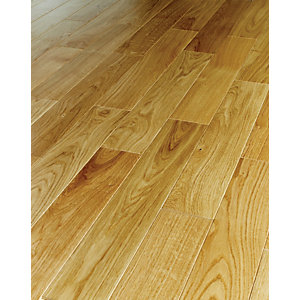 Wickes Herringbone Natural Oak Real Wood Top Layer Engineered Wood Flooring